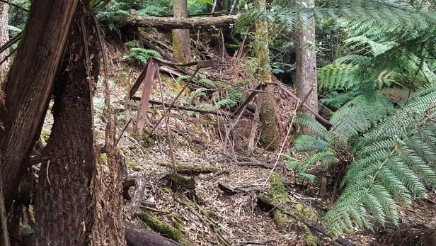 ruin-pipe-stand