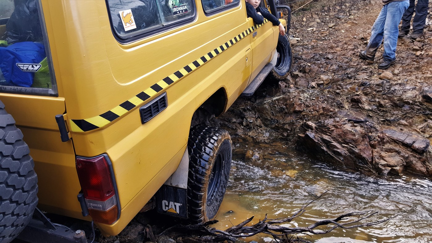 stuck in creek - Waratah 4WD Trip - Godkin Mine