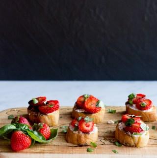 Strawberry Basil Crostini | Taste and Tipple