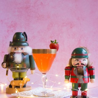 Santa's Strawberry Helper | Taste and Tipple
