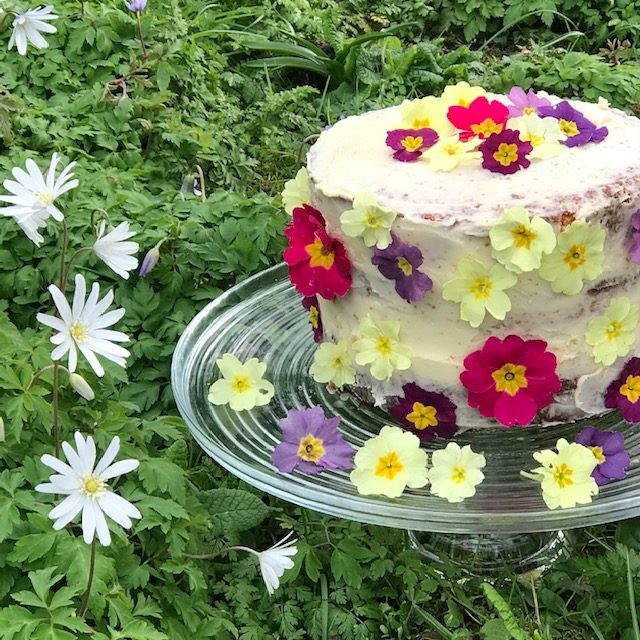 Lemon Sponge Cake with Edible Flowers