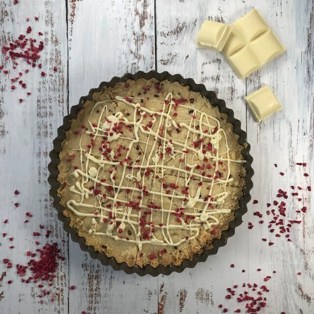 Shortbread with White Chocolate and Dried Raspberries