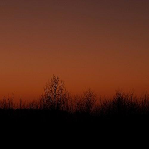 Abendhimmel Sonnenuntergang dunkel im Winter