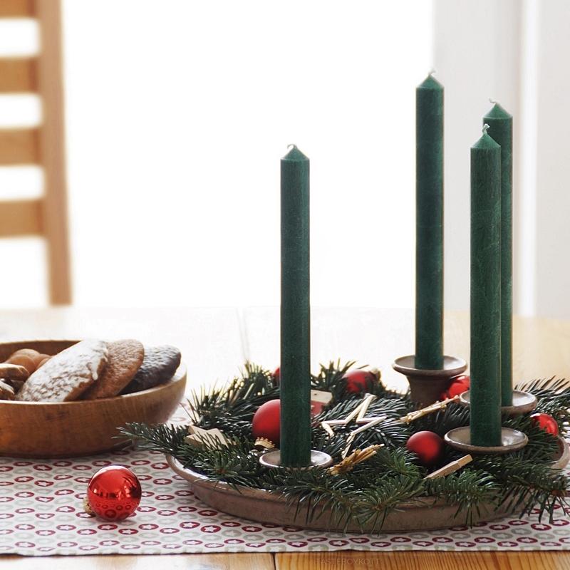Traditionell moderne weihnachtsdeko mit roten akzenten tasteboykott - Weihnachtsdeko modern ...