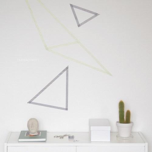 DIY geometrische Wanddeko mit Masking Tape