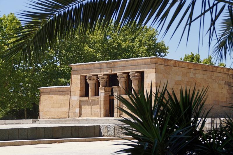 Unterwegs in Madrid: Ägyptischer Tempel von Debod. Tasteboykott.