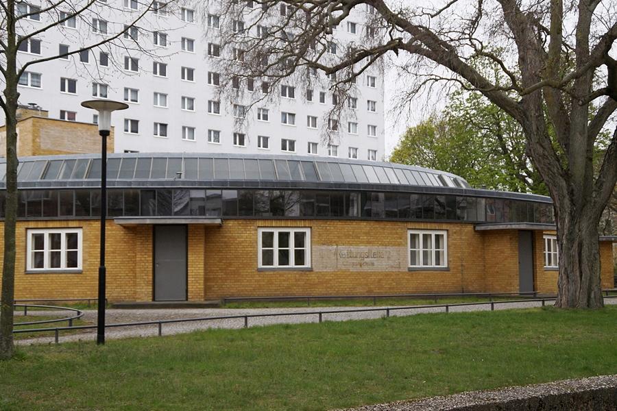 Arbeitsamt Dessau Bauhaus Architektur Walter Gropius.