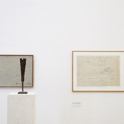Kunst in München: Kunst von Cy Twombly in der Ausstellung Forever Young – 10 Jahre Museum Brandhorst München.