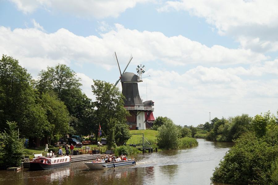 Windmühle Gretsiel in Ostfriesland