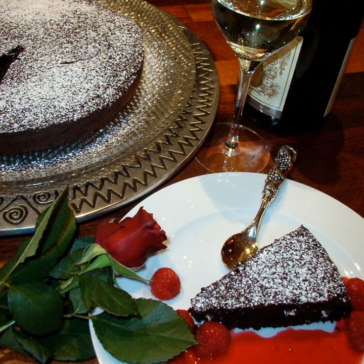 Sinfully Rich Flourless Chocolate Cake