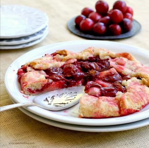 plum crostata tastefood