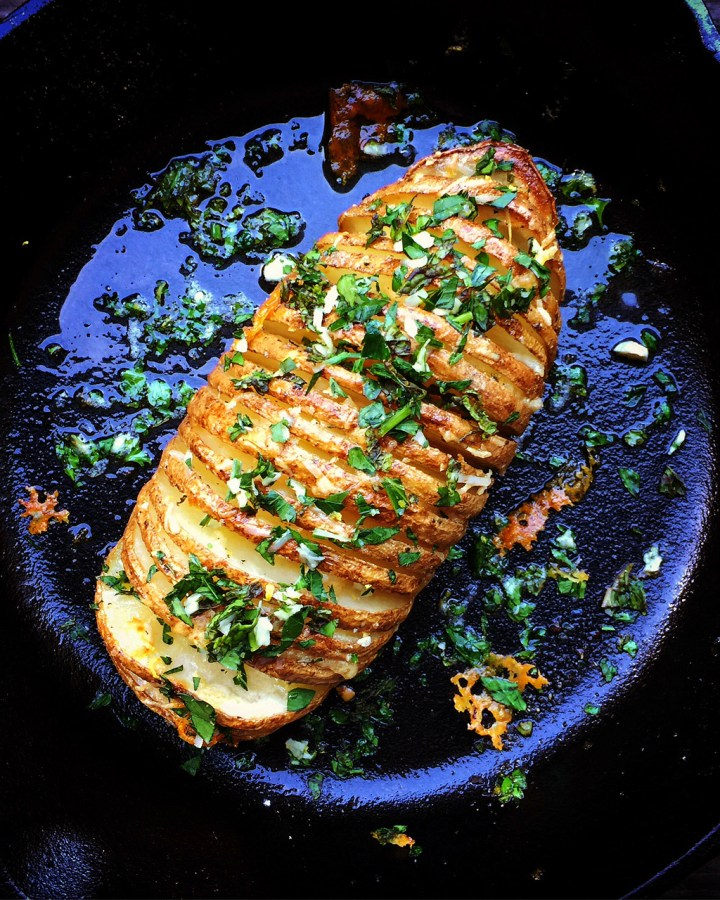 Cheesy Hasselback Baked Potatoes with Parsley and Garlic