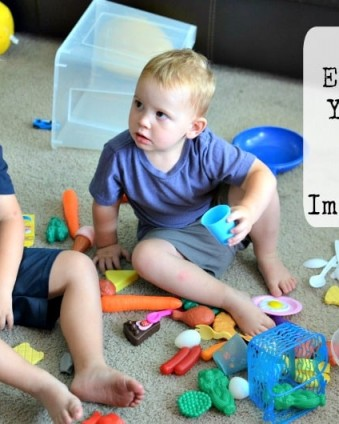 Fun and Easy Ways To Help Your Little One's Imagination Grow #ad @poppycat