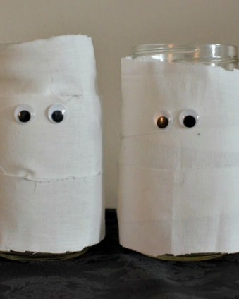 Muslin Mummy Candles   Day 6 of Tastefully Frugal's 13 Frightfully Fun Days of Halloween