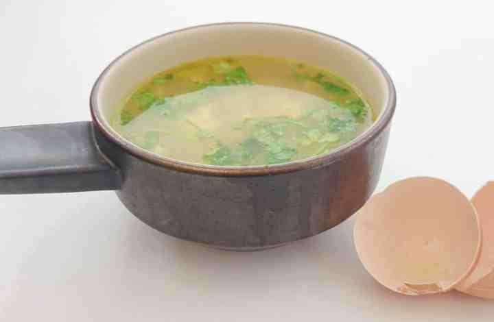 Quick & Cheap Italian Egg Drop Stracciatella Soup Recipe – Inspired by The Chiappa Sisters – SERVES 4