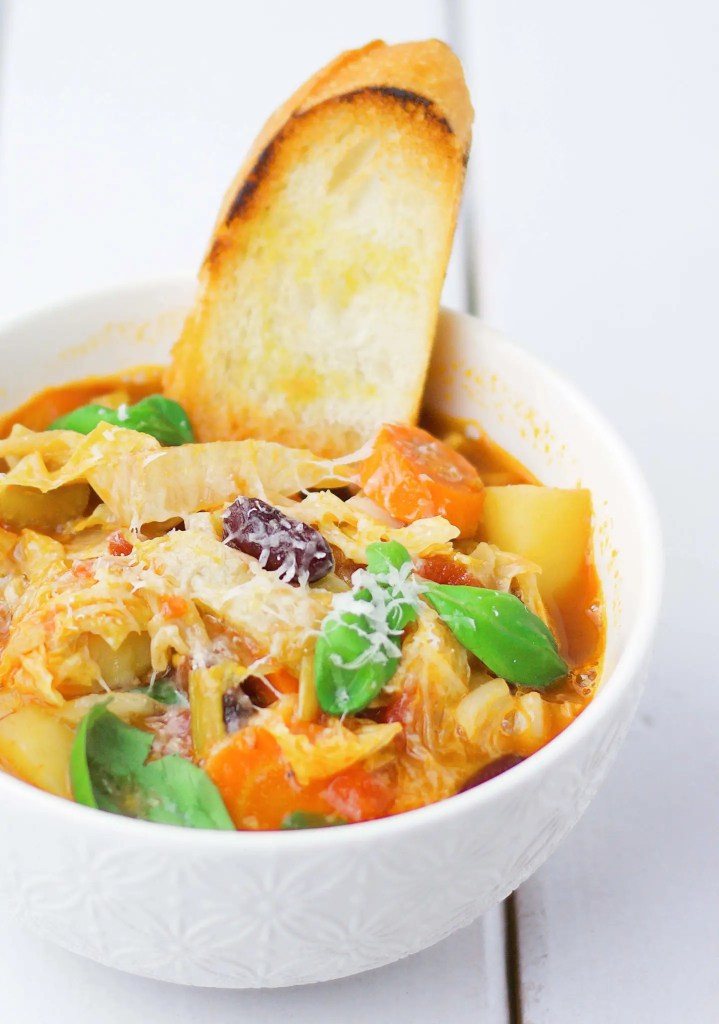 The perfect Minestrone Italian recipe (VeGaN)