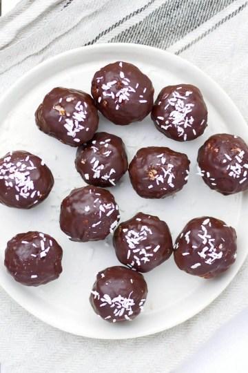Dark chocolate coconut &almonds balls (VeGaN)