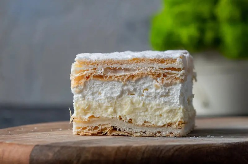 Papal cream cake - Polish dessert