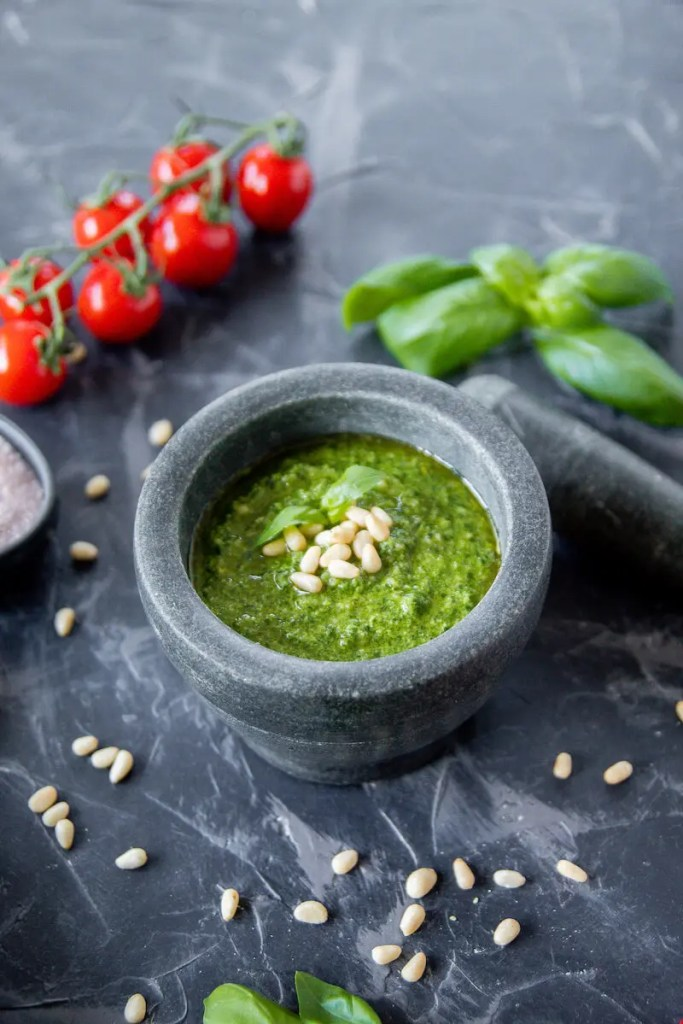 The simplest vegan basil and pine nuts pesto.