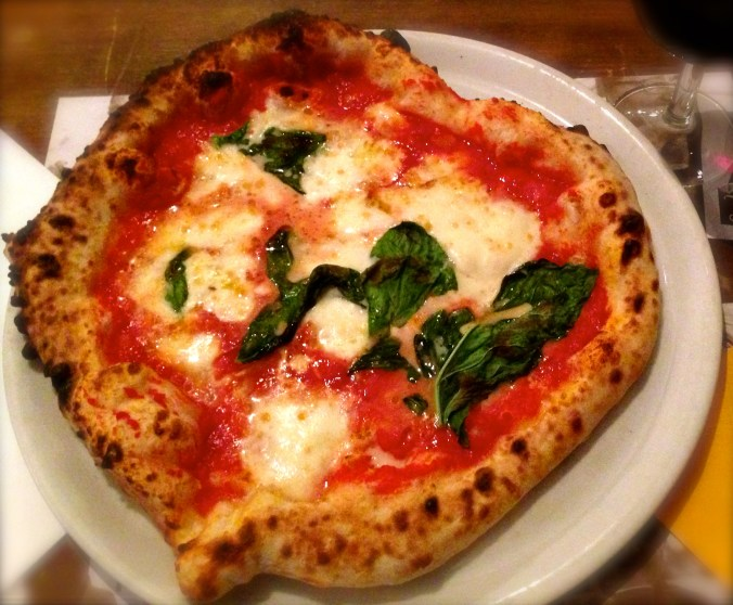Pizza Margherita, Pizzeria Caffé Italiano, Florence, Italy 2013© Credit: Krystal M. Hauserman @MsTravelicious