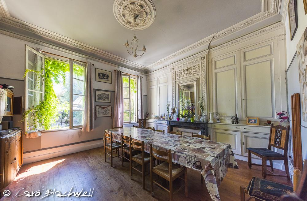 Inside Castillon - the Dining Room
