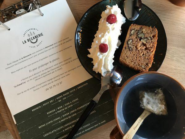 Tea and cake at La Becanerie, Les Gets