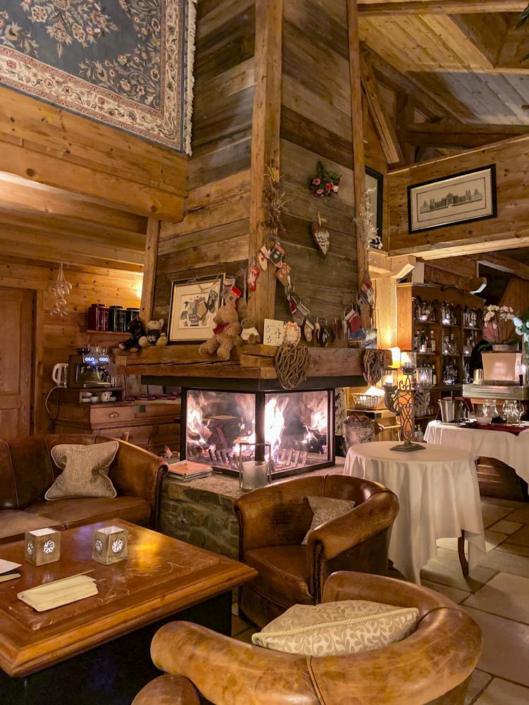 interior of dining room at Ferme de Montagne, Les Gets
