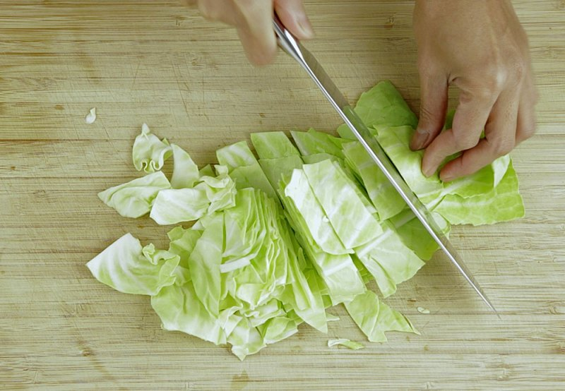 cutting sweetheart cabbage