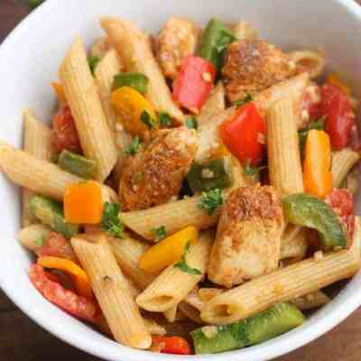 One Pan Chicken Fajita Pasta