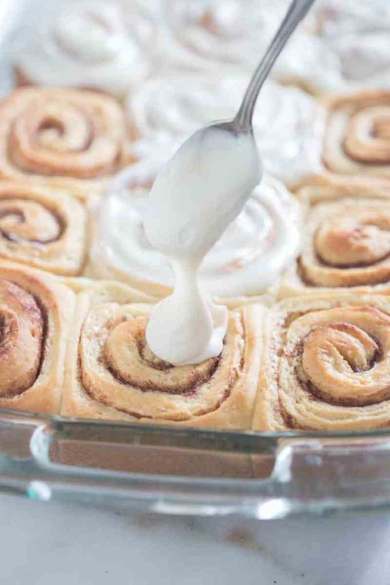 The BEST big and fluffy cinnamon rolls that you can make the night before! These Overnight Cinnamon Rolls with cream cheese frosting are every baker's dream! | Tastes Better From Scratch