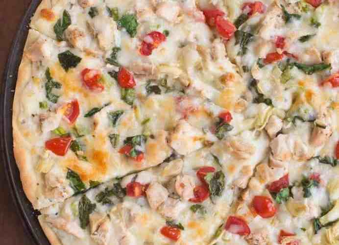 White Garlic Chicken and Vegetable Pizza