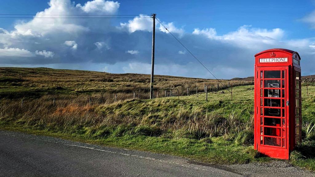Mange steder er der ikke mobildækning på din rejse til Skotland