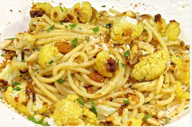 Pasta with cauliflower, raisins, saffron and pine nuts ...