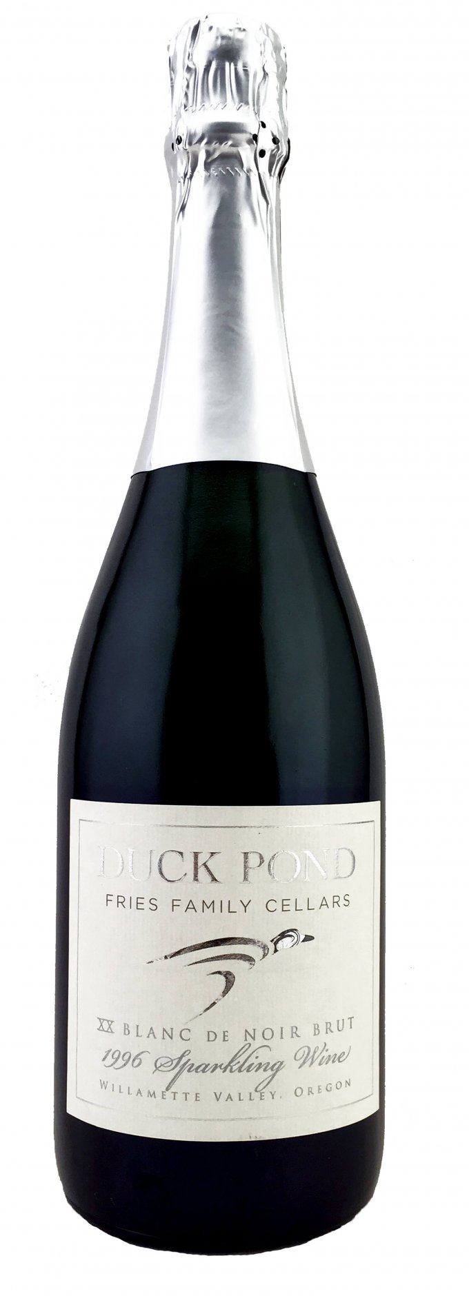duck-pond-sparkling-wine-bottle-shot