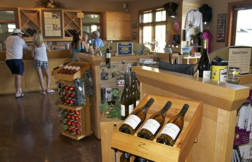 Tinhorn Creek Winery, tastingroomconfidential.com