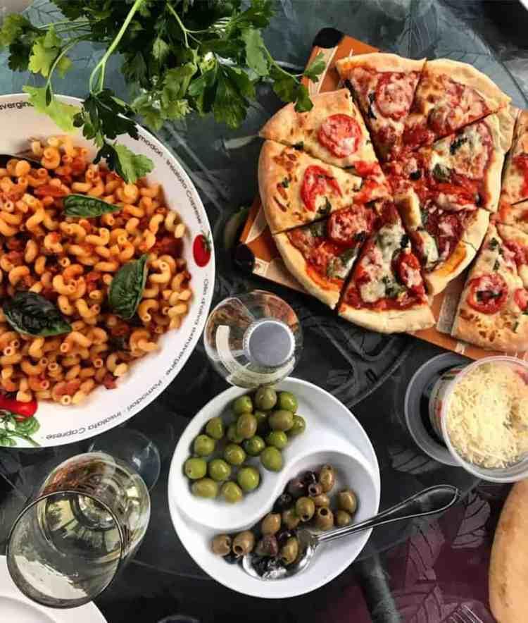 Entertaining Dinner Tips & Tricks