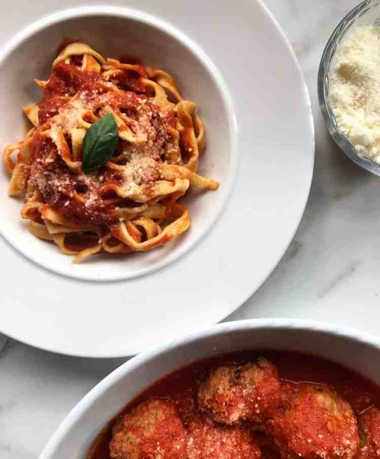 3 Ways to Make Canned Pasta Sauce Taste Better