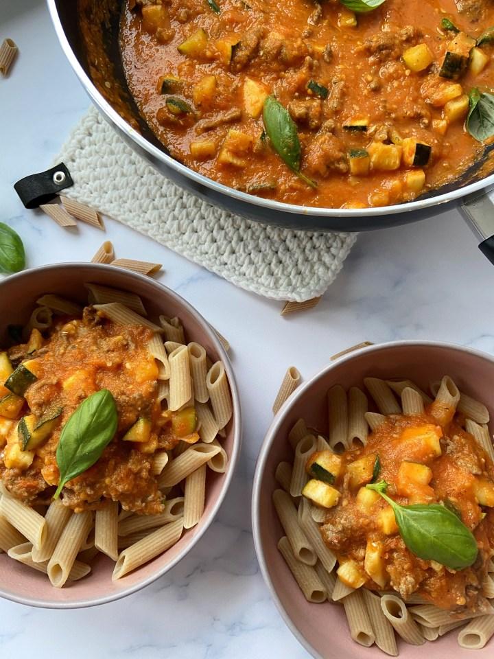 Zelfgemaakte pasta saus