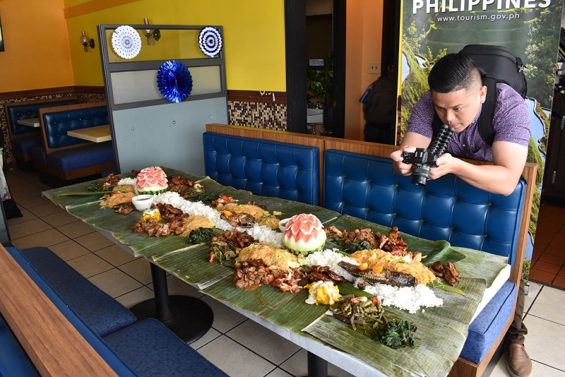 Gettin' the shot of the Kamayan Lunch at Dana's Restaurant