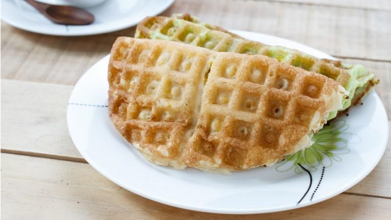 Vietnamese Green Waffles