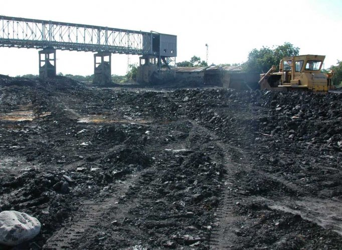 Sad; Chinese Coal Mine Roof Collapse in Shaanxi Kills 21