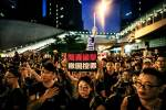 Hong Kong government apologises after mass protests