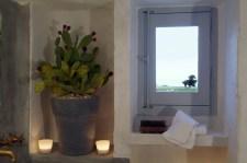 014-interior-bathroom