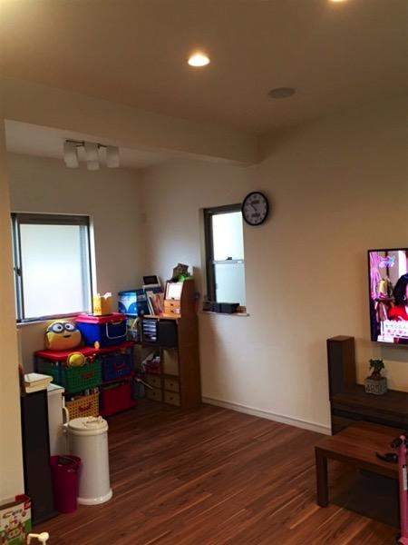 畳を敷く前の子ども部屋