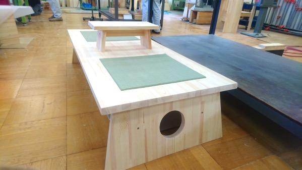 畳を埋め込んだのベンチ