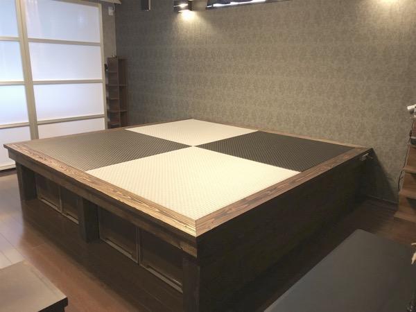 琉球畳を敷いた小上がり