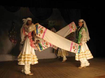 """Межрегиональный фестиваль татарского национального танца """"Әйлән-бәйлән"""""""
