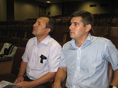 Слева директор челнинского татарского драмтеатра Рашат Файзерахманов