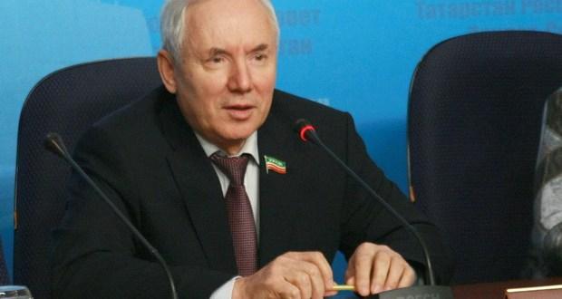 В Госсовете Татарстана прошла пресс-конференция Рината Закирова