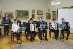 татарский народный ансамбль баянистов Илһам